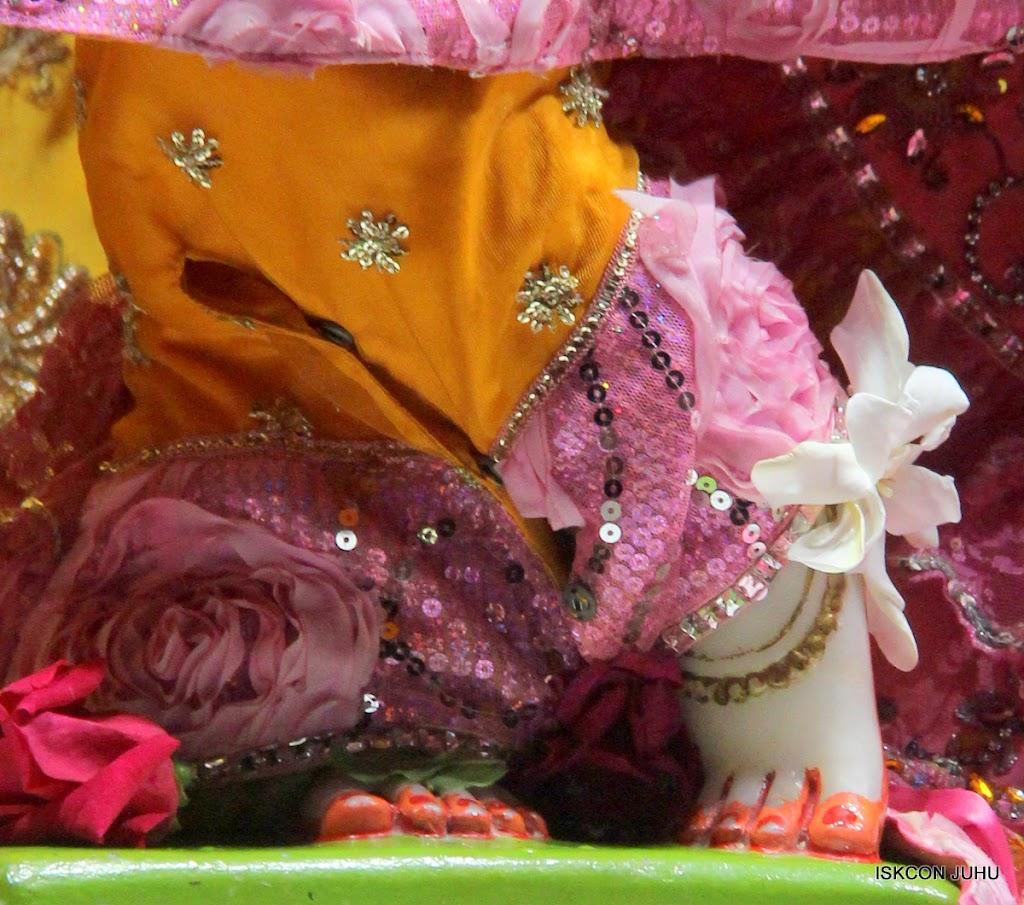ISKCON Juhu Mangal Deity Darshan on 22nd July 2016 (25)