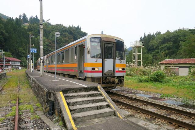 大糸線 中土駅