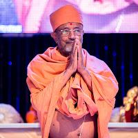 Swamiji Stage Welcome.jpg