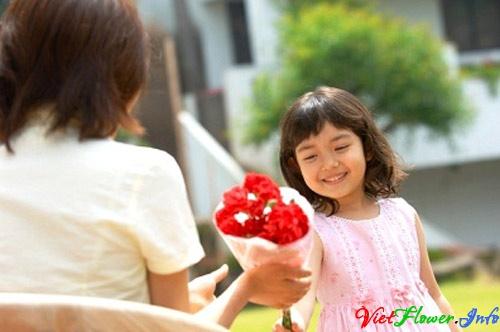 tang hoa cho be