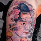 Geisha tatuada no braço.jpg