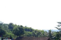 Jual Lahan Di Cariu. Sudah Ada Villa Dan Taman Bermain. Luas Tanah 4000 Meter.
