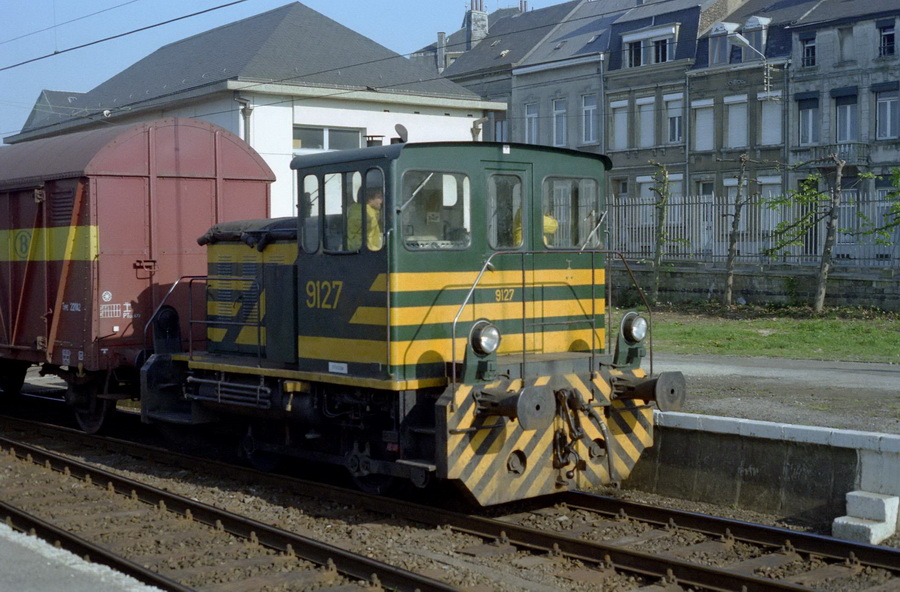 9127 in Arlon op 15 april 1981.jpg