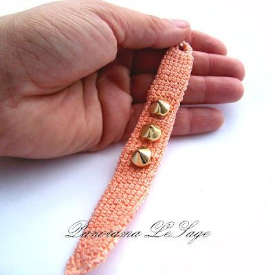 Bransolety z ćwiekami kolce dżety Szydełkowe bransolety biżuteria artystyczna Panorama LeSage kolce z kolcami z ćwiekami ćwieki złoto złote ćwieki srebrne ćwieki czarne ćwieki