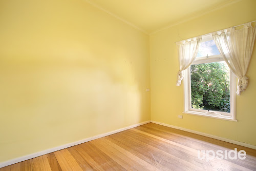 Photo of property at 12 Nockolds Crescent, Noble Park 3174