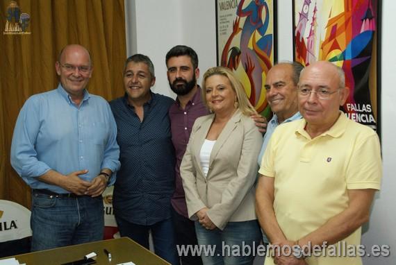 """""""La nueva Junta Central Fallera"""" analizada por politicos."""