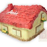 21. kép: Céges torták - Ház alakú torta