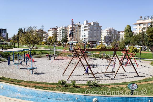 bol ipli, tırmanmalı, sallanmalı çocuk parkı, Gaziantep
