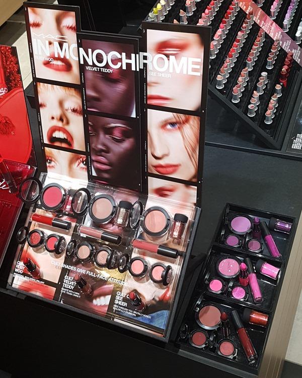 MacInMonochromeStore