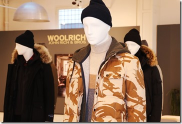 08 - WOOLRICH MENS FW17 COLLECTION SET UP