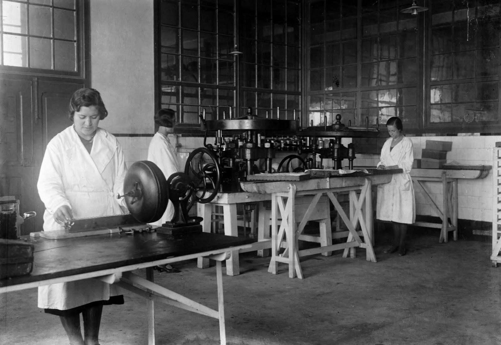 [C.-Portuguesa-de-Higiene-1932-10-132]