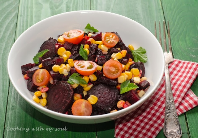 Salata de iarna cu sfecla si porumb