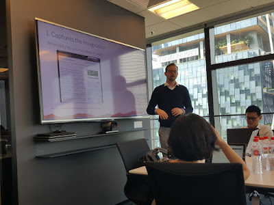 Jones talks about the advantages of data visualisations, or 'vizzes'.