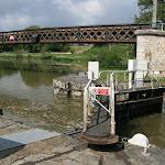 Site des trois canaux : écluse de Buges