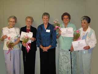 The honorees with President, Geri Hoerner, center.