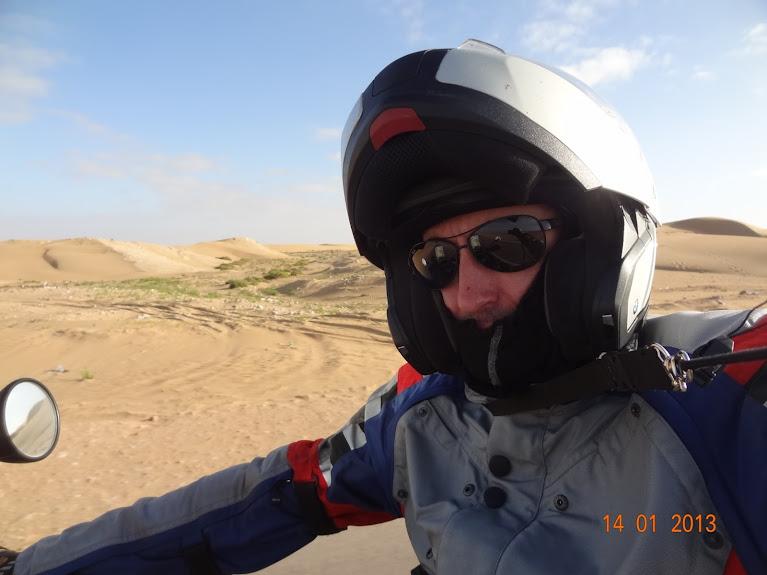 Marrocos e Mauritãnia a Queimar Pneu e Gasolina - Página 5 DSC05790