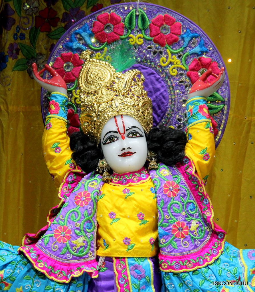 ISKCON Juhu Mangal Deity Darshan on 19th Jan 2017 (37)