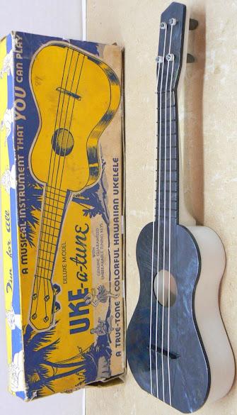 Uke-a-tune plastic Ukulele