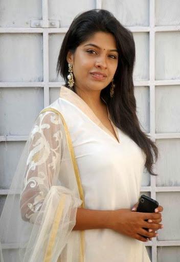 Archana Kavi Body Size