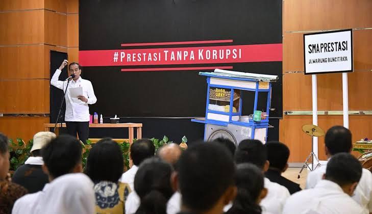 Sandiwara Anti-Korupsi