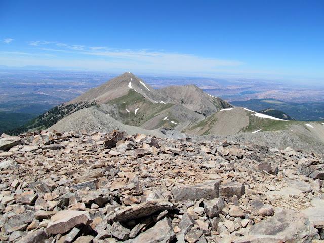 View along the Peale ridge toward Tuk