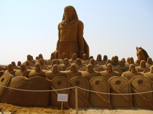 Sand-Art-Egypt-Self-Employed-Small-Business-Lessons-ProfileTree