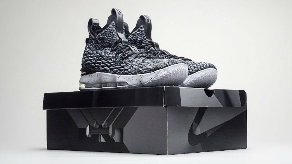 6820f072279 ... Nike LeBron XV 15 Ashes Release Package ...