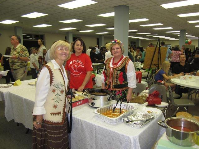 10.06.2012 The Polish Booth at International Food Festival, St. M.dY Church. - IMG_5033.jpg