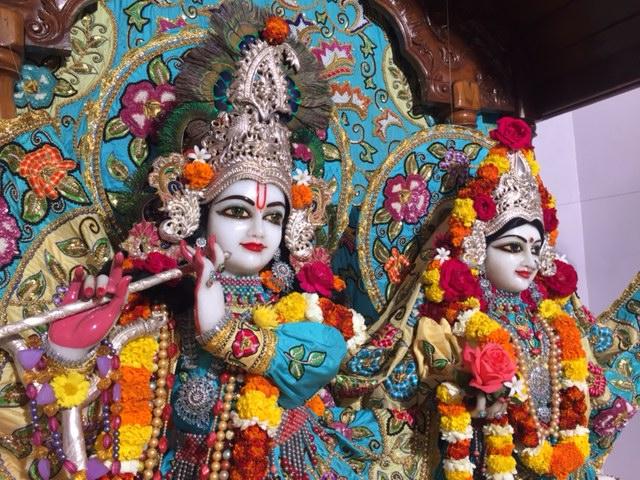 ISKCON Raipur Deity Darshan 04 jan 2017 (1)