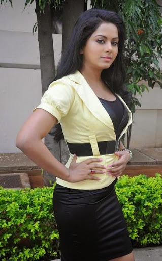 Rachana Maurya Body Size