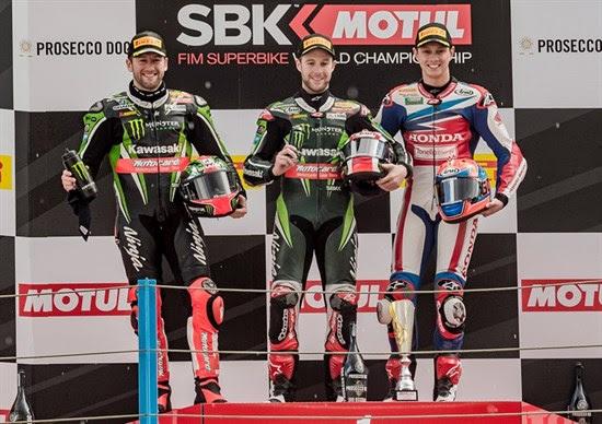 497-r04-rea-podium.jpg