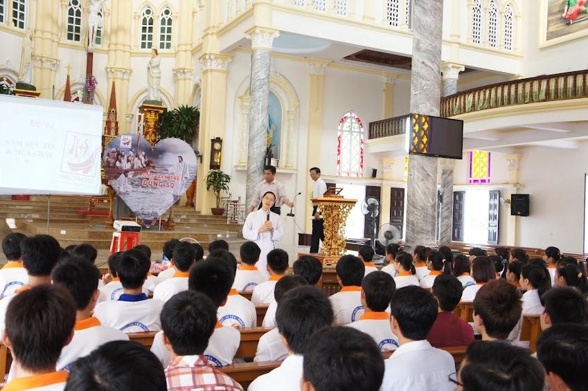 Sinh viên Công giáo Vinh tĩnh tâm Mùa Chay-Trái tim được chữa lành