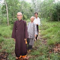 [DCQD-0400] Thầy xem khu đất để thành lập TTAD tại Long Hải (29/08/2005)