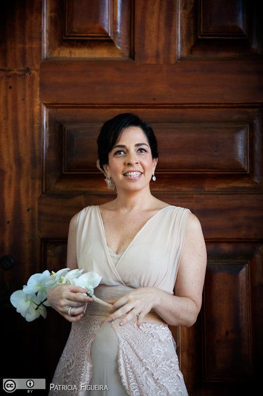 Foto de casamento 0226 de Valeria e Leonardo. Marcações: 27/11/2010, Casamento Valeria e Leonardo, Fotos de Vestido, Madalena Salim, Rio de Janeiro, Vestido, Vestido de Noiva.