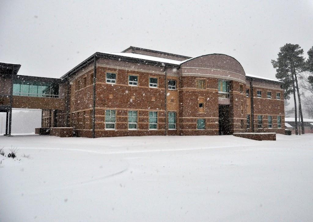 UACCH Snow Day 2011 - DSC_0022.JPG