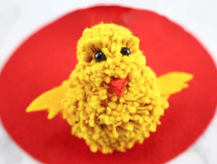diy pom pom chick