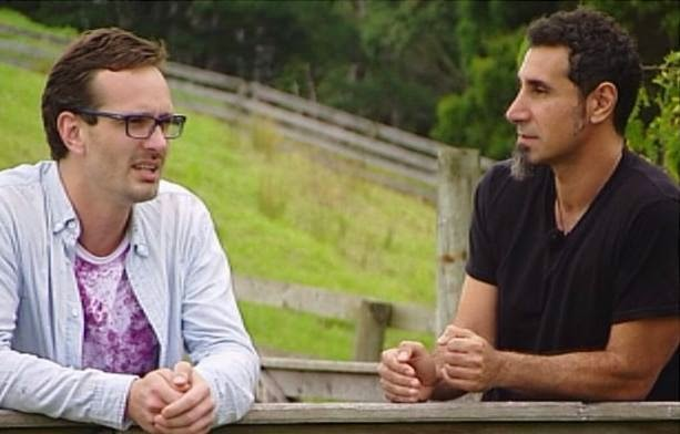 Serj Tankian fala sobre planos para o futuro