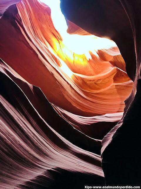 lower-antelope-canyon.JPG