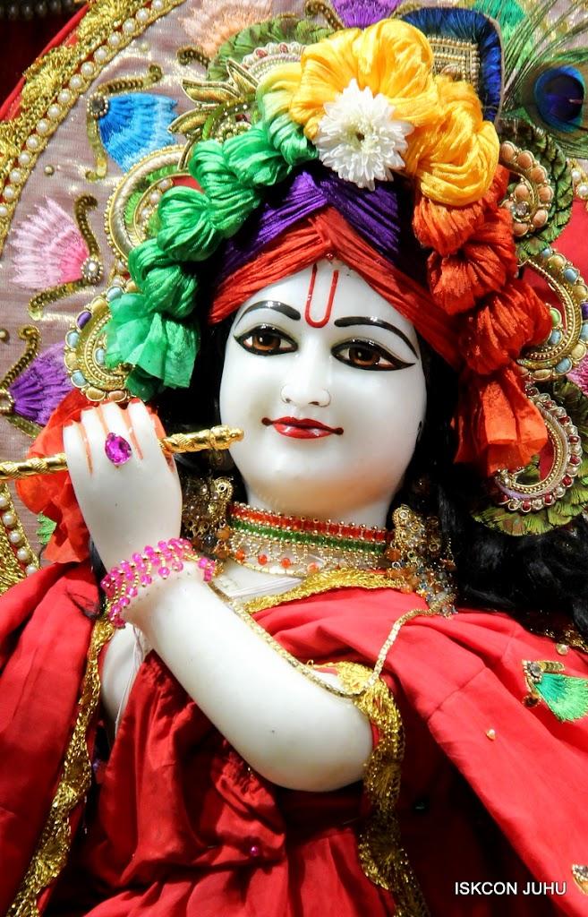 ISKCON Juhu Mangal Deity Darshan on 28th Aug 2016 (29)