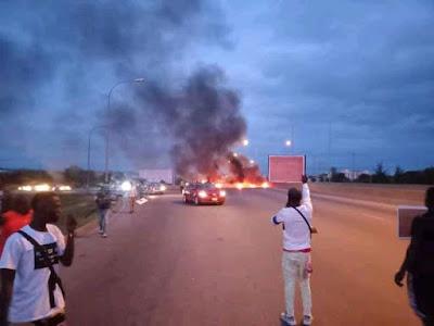 #buharimustgo Protest