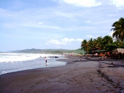 Playa San Blas, La Libertad, El Salvador.