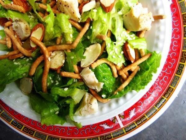 Crunchy Oriental Tossed Salad Recipe