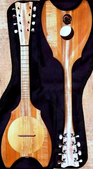 Tahitian Banjo front and back