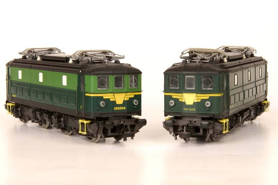 Hetzelfde is gebeurd met het model van het type 101 van Roco. Spijtig zie je hier een kleurverschil met de andere belijning.