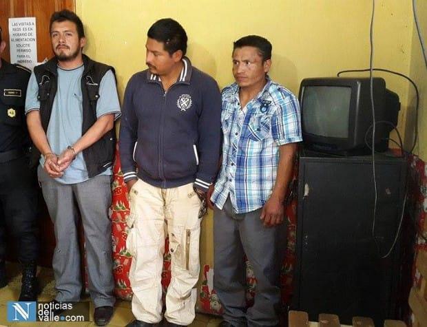 Supuestos estafadores son detenidos