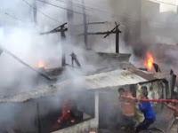 Rumah Padat Penduduk Terbakar, Ditaksir Kerugian Mencapai Ratusan Juta Rupiah