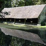 Château de Méréville : fabrique du parc, le lavoir sur la Juine