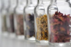 بالأعشاب Alternative-medicine