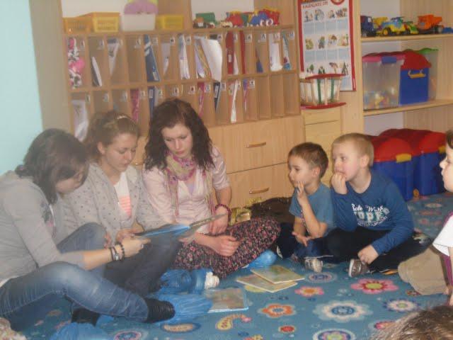 Czytanie w przedszkolu - IMG_0276.jpg