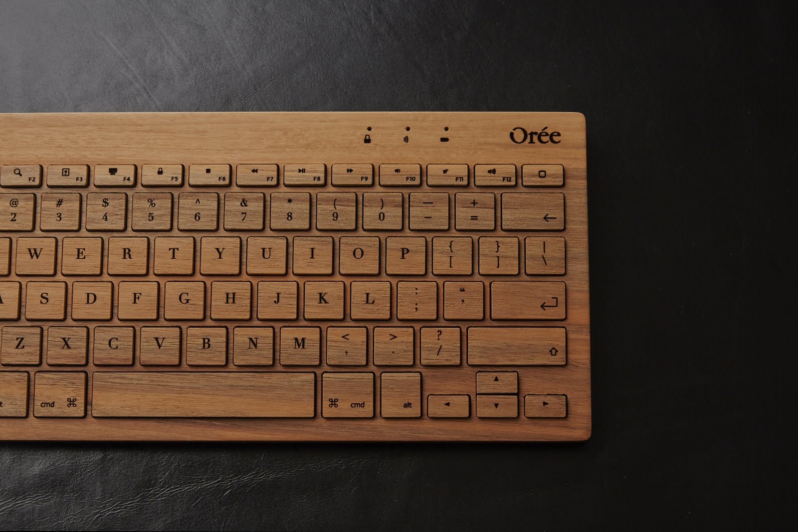 Oreeキーボードのレーザー彫刻 - 完成写真2